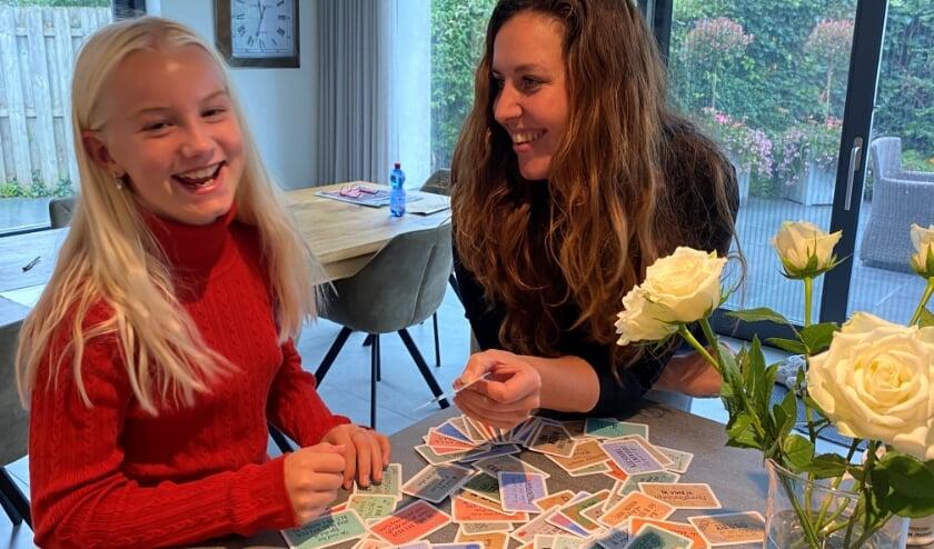 Artikel in het Kontakt - Vianen-Manon en Sanne